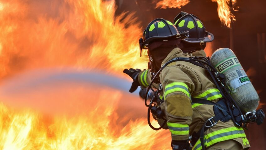 Five Precautions To Take If You Live In A Fire Danger Period